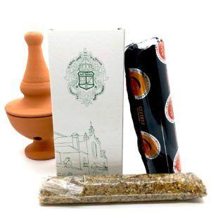 Conjunto incienso con aroma rociero e incensario fabricado en barro.
