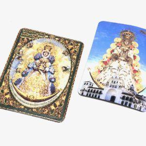 Iman rectangular de la Virgen del Rocío en relieve. Material flexible.