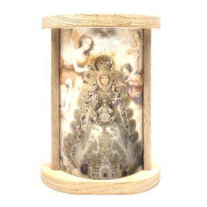 Sobremesa Virgen del Rocío fabricada en madera con lámina en color de la Virgen.