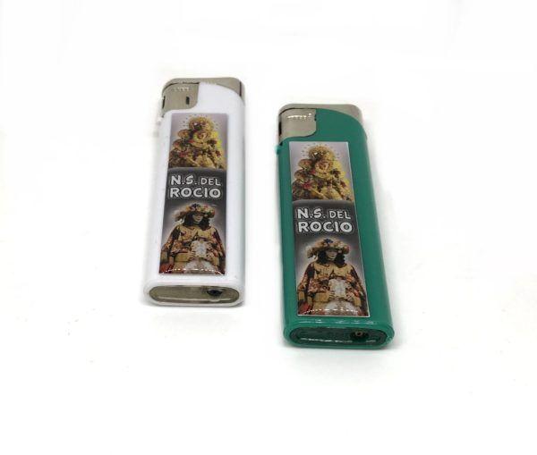 Pack 2 mecheros con adhesivo Nuestra Señora del Rocío, en colores: Blanco y verde. Recargables.